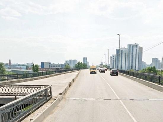 Блюхеровский мост в Екатеринбурге могут открыть раньше срока