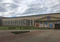 В Смоленске полицейские встретились на ярмарке со студентами