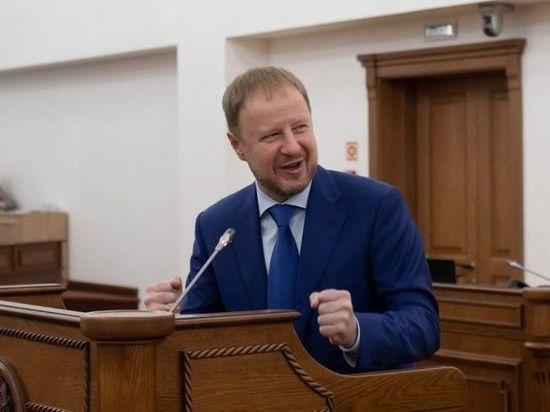 Алтайские депутаты приняли отчет Виктора Томенко