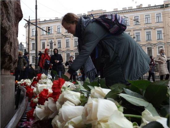 Пострадавшая при теракте в метро Петербурга отсудила у метрополитена еще 1,5 млн рублей