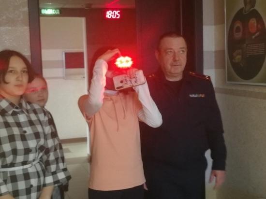 Следователи рассказали школьникам из Салехарда о своей работе и кибер-преступниках