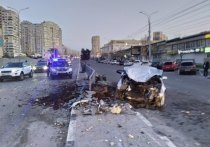 В Новороссийске водитель иномарки врезался в ограждение