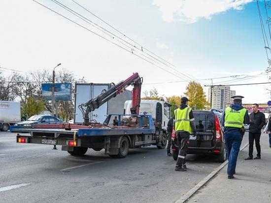 В Челябинске эвакуаторщиков начнут штрафовать за порчу машин