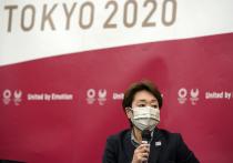 Олимпийские игры в Токио все еще стоят в спортивном календаре, и пока, несмотря на режим ЧС в некоторых регионах Японии, и в Токио в том числе, и правительство страны, и оргкомитет настаивают на том, что соревнования состоятся. И мир, наконец, увидел обновленную версию протоколов безопасности. Следующая выйдет в июне, тогда же будет принято окончательное решение по присутствию зрителей на стадионах. «МК-Спорт» рассказывает, с какими ограничениями столкнутся спортсмены согласно новому документу.