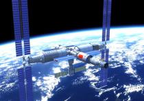Бывалые отечественные конструкторы космической техники испытали в четверг ностальгию