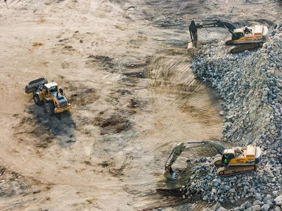 Бунтующим строителям в Северо-Курильске выплатили 12 миллионов рублей