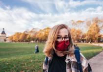 27 апреля Центр по контролю и профилактике заболеваний (CDC) выпустил новое руководство по ношению масок на открытом воздухе