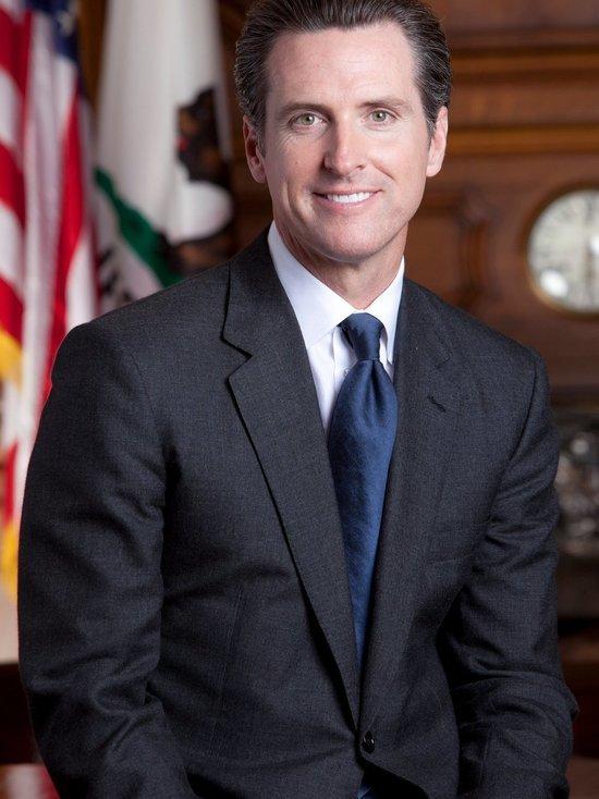 Референдум по отзыву губернатора Калифорнии становится реальным