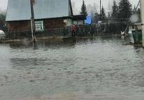В Козульском районе разлив реки Большой Кемчуг привел к затоплению поселка