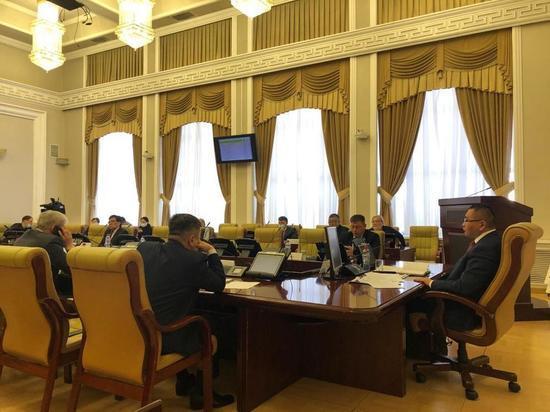 Галсан Дареев провел совещание, на котором были озвучены ключевые проблемы отрасли