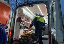 Псковские полицейские спасли на пожаре в многоквартирном доме людей и кота