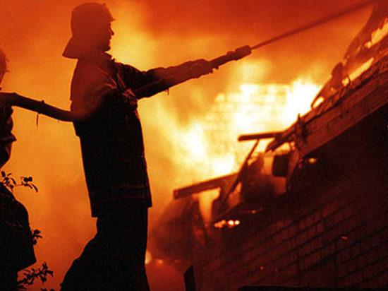 В очередной раз в Ивановской области ночью сгорел частный дом