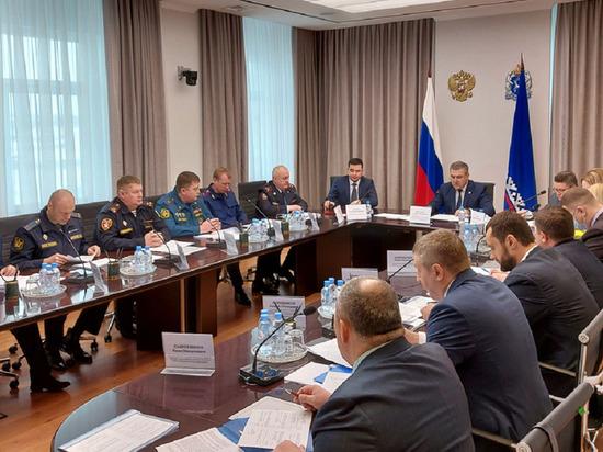 Видеонаблюдение и металлодетекторы: на Ямале обсудили безопасность населения в День Победы