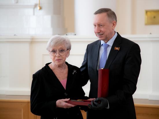 Алису Фрейндлих и Михаила Боярского наградили орденами