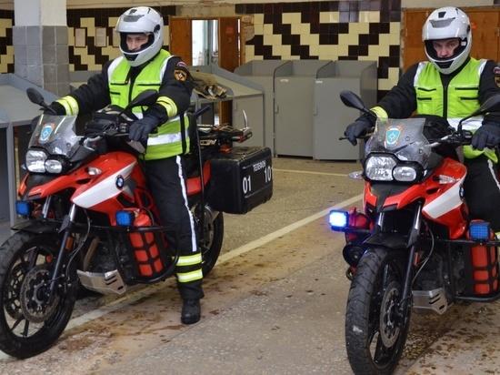 В Екатеринбурге на дежурство заступили мотогруппы спасателей