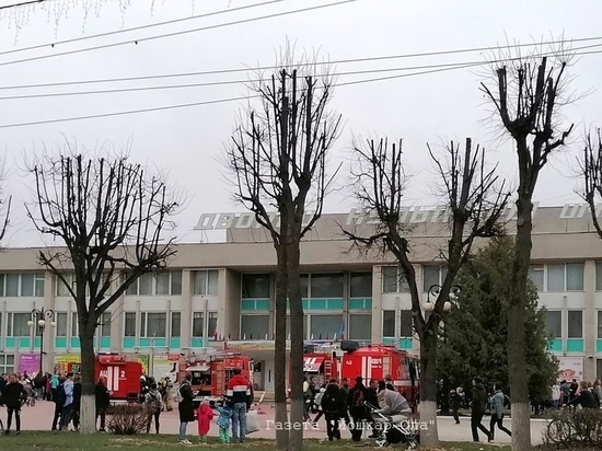 Посетителей ДК в Йошкар-Оле эвакуировали из-за пожара