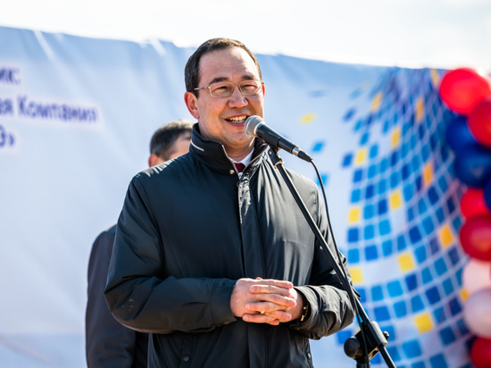 Айсен Николаев поздравил якутян с Днём Весны и Труда