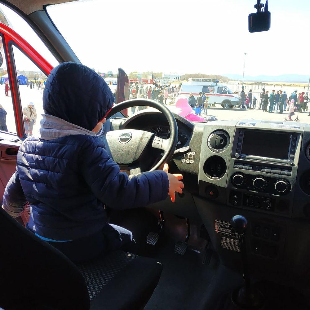 День пожарного отметили в Хабаровске