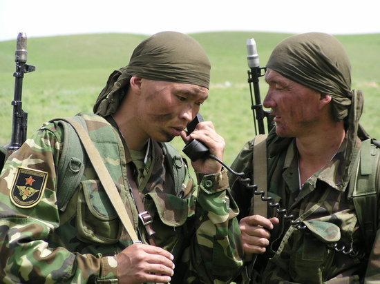 Таджикские военные вновь открыли огонь по позициям кыргызстанцев
