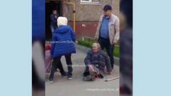 Пьяный уфимец напал на пожилых пенсионерок на улице: видео
