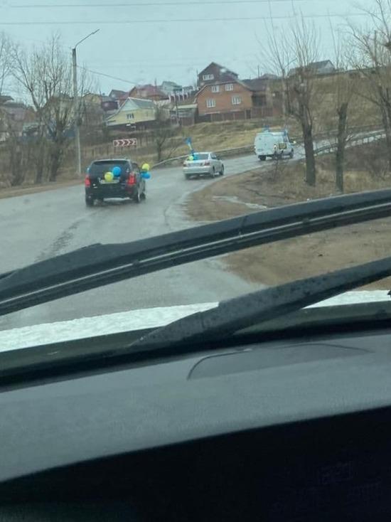 Автопробег ЛДПР прошел по Улан-Удэ в честь Дня труда