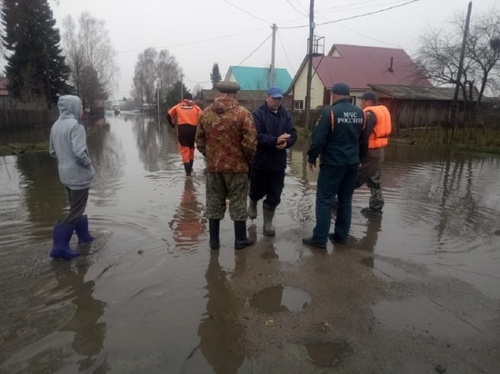 Первая волна паводка продолжается в Алтайском крае