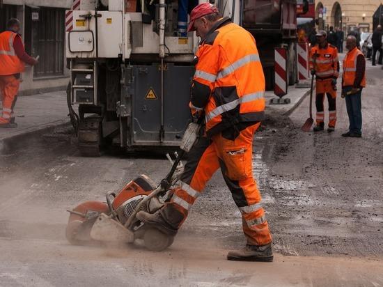В Томске начался ямочный ремонт самых разбитых дорог