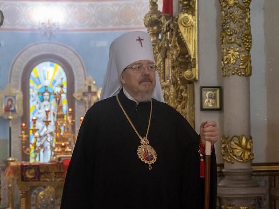 В Красноярске прошло пасхальное богослужение в храме Рождества Христова