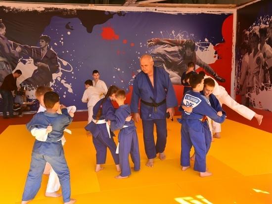 Донецкие самбисты и дзюдоисты получили новый зал для тренировок