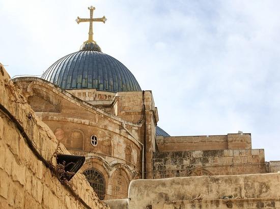 В Бийск привезут Благодатный огонь из Иерусалима