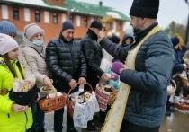 Яйца, куличи и Благодатный огонь: верующие Ямала празднуют Пасху