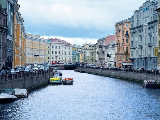 Власти Петербурга ожидают в этом году в городе 5,5 млн туристов