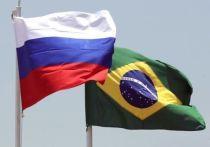 Болсонару поблагодарил Путина за освобождение водителя экс-игрока
