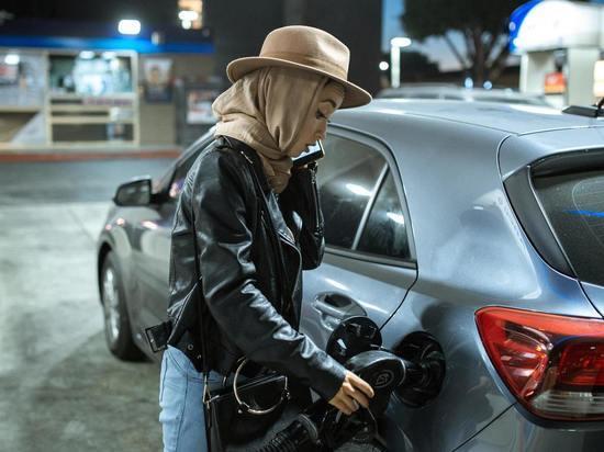 На дешевой АЗС в Южно-Сахалинске подорожал бензин
