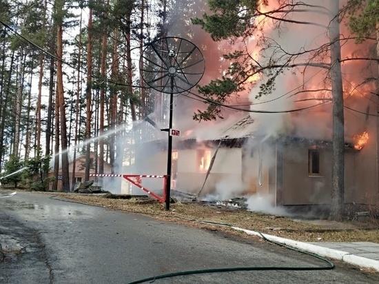 Пожар в бане едва не привел к возгоранию гостиницы на берегу Таватуя