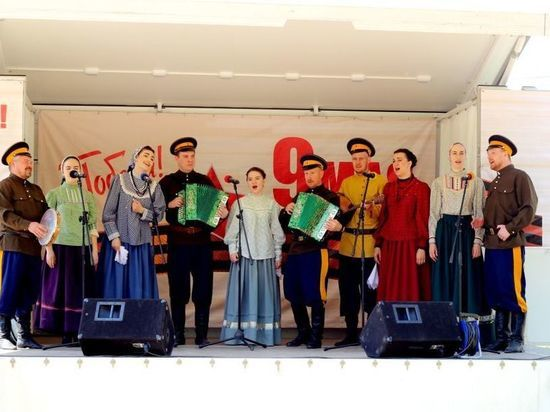 В астраханские села приедет концертный автоклуб
