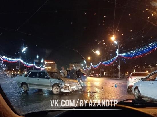 Полиция прокомментировала аварию на площади Ленина в Рязани