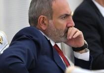 Неделю назад премьер-министр Армении Никол Пашинян объявил о своей отставке и стал исполняющим обязанности главы правительства