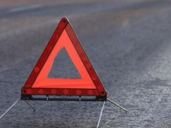 На перекрестке в Оренбурге столкнулись два автомобиля