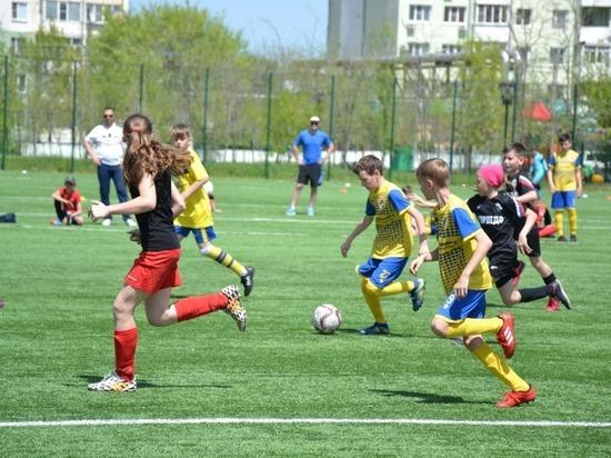 Всероссийский футбольный фестиваль открылся в Невинномысске