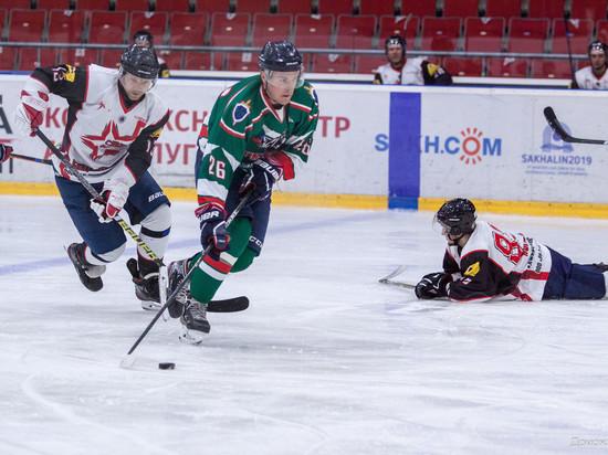 Сахалинцы сразились на льду за чемпионский кубок