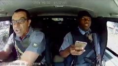 Соцсети взорвал видеоролик из ЮАР, заснявший преследование инкассаторов бандитами