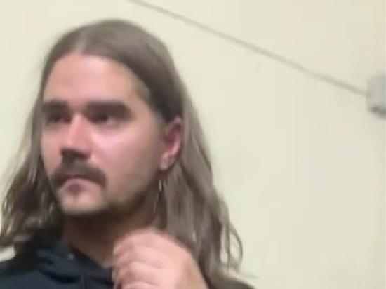 Mash: Лидер The Hatters Музыченко устроил пьяный дебош в ночном клубе
