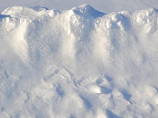 В Бурятии один турист погиб под снежной лавиной, двое пропали