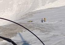 Под лавиной в горах Бурятии оказалась группа красноярских туристов
