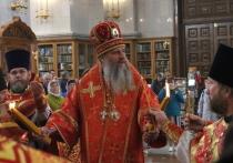 Благодатный огонь прибыл в Хабаровск
