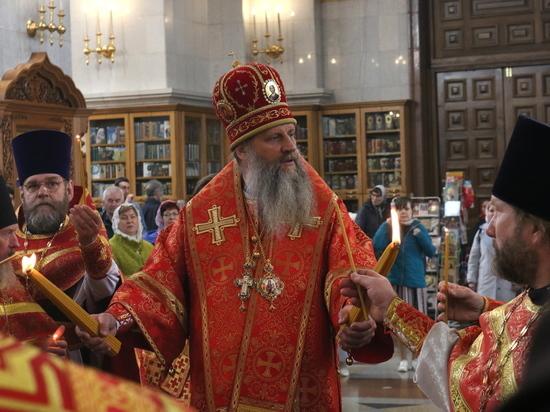 Святыню из Иерусалима самолетом сначала доставили в Москву, а затем в краевой центр