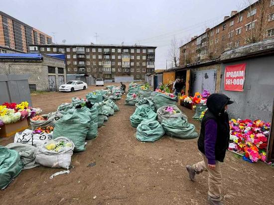 В Улан-Удэ китайцы наладили незаконную продажу искусственных цветов
