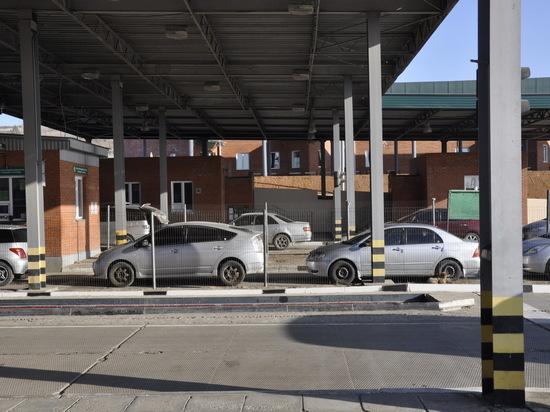 Таможня Бурятии: Срок ввоза личного транспорта через границу продлен еще на полгода
