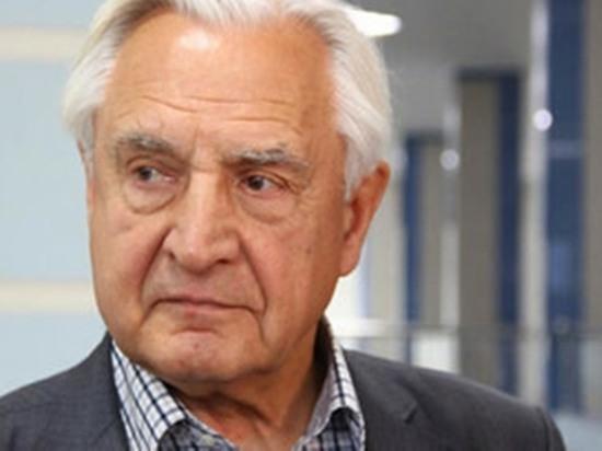В Омске председателем Совета ветеранов и пенсионеров снова стал Павлов